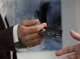 Миллионеры тоже используют кредитные карты, только с выгодой